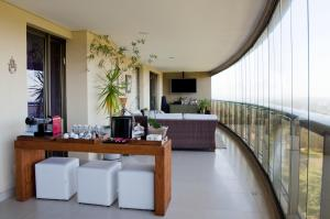 Apartment with Sea View (8 Adults)