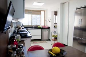 Penthouse Apartment (10 Adults)