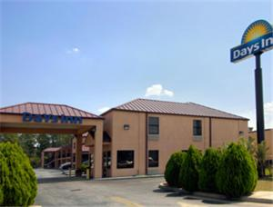 """Days Inn - Bainbridge"""
