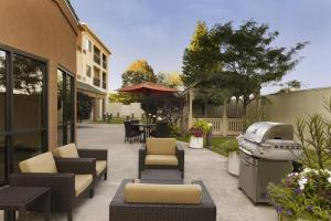 Courtyard Peoria, Hotels  Peoria - big - 16