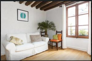 Photo of Charming Apartment St Dominique