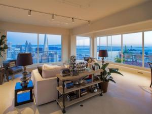 Photo of Penthouse 3 Bedrooms 4 Bathrooms Spectacular View Of The San Francisco Bay And The Surrounding Area