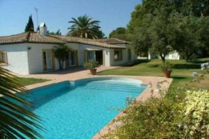Photo of Seven Bedroom Holiday Home In Finca Del Pantano