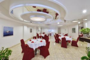 Marble Hotel, Hotels  Male City - big - 58