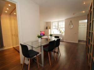 Lucky Apartments in London, Greater London, England
