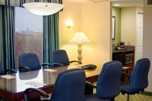 King Conference Suite