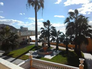 Photo of 5 Bedroom Oceanfront Hacienda