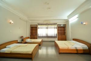 Photo of Hoa Binh 2 Hotel