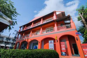 New Orange Pier Guesthouse