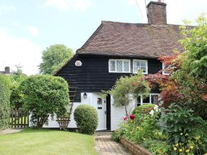 Braynsmead Cottage in Cuckfield, West Sussex, England
