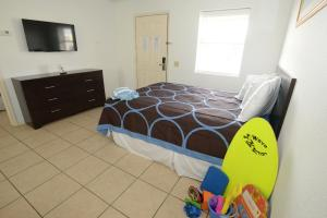 Two-Bedroom Queen Suite - Disability Access