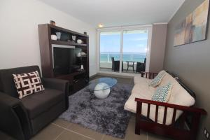 Two-Bedroom Apartment with Sea View- 8th floor