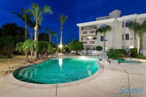 Photo of Scottsdale Regency Apartment