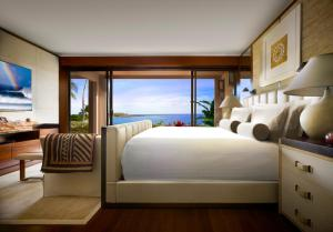 Ocean Terrace Room with One King Bed
