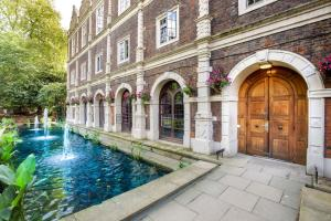 Holland Walk, London, London, W8 7QU