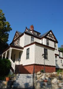 The Fitzhugh-Beers House