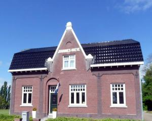 B&B Johannes-Hoeve, Bed & Breakfast  Baarlo - big - 1