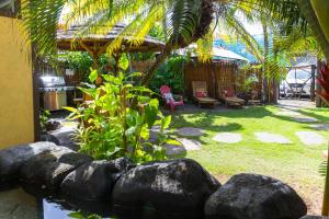 Photo of Nalu Kai Lodge Paia Hotel