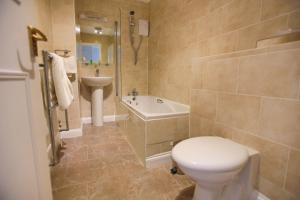 Best Western Plus Oaklands Hotel, Hotels  Norwich - big - 11