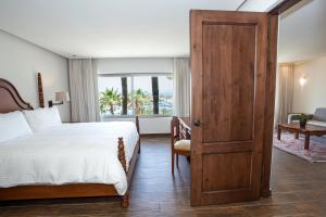 Finisterra Casita Suite