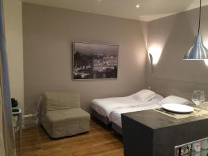 Luxury Designer Studio by the Champs Elysees, Apartmány  Paríž - big - 8