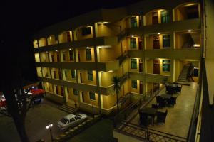 Photo of Fasil International Hotel