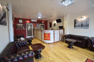Lucky 8 Hotel in Ilford, Greater London, England