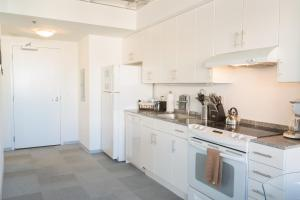 Photo of Loyola Avenue Apartment By Stay Alfred