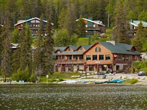 Photo of Pyramid Lake Resort