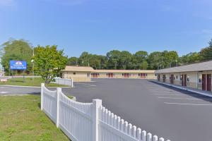 Photo of Americas Best Value Inn   Port Jefferson Station Long Island