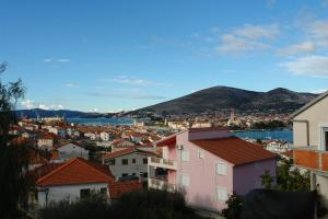 Photo of Apartment Trogir 3