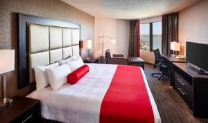 Deluxe Queen Room with River View - Non smoking