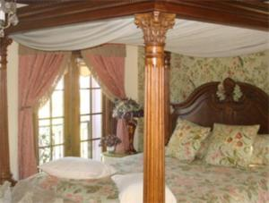 King Suite with Garden View