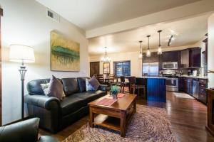 Deluxe Three-Bedroom Condo
