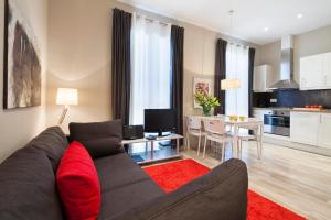 Two-Bedroom Apartment with 2 Bathrooms