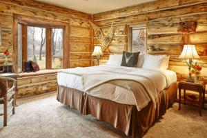 Cabin Room - King Room