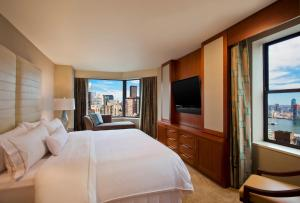 Premium Room with Landmark View