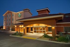 Photo of Homewood Suites By Hilton Yuma