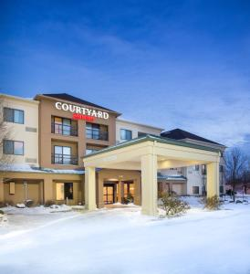 Courtyard Peoria, Hotels  Peoria - big - 11