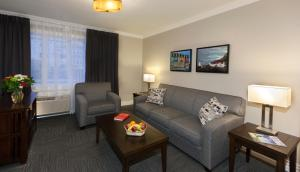 Executive Three-Bedroom Suite