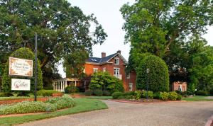 Photo of Church Point Manor Bed And Breakfast