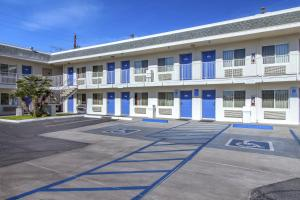 Motel 6 Phoenix Airport - 24th Street, Hotels  Phoenix - big - 24