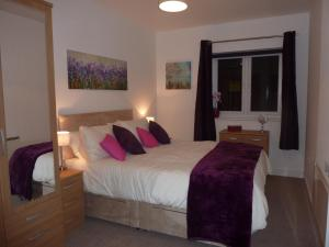 Chester Canal Side Apartment in Chester, Cheshire, England