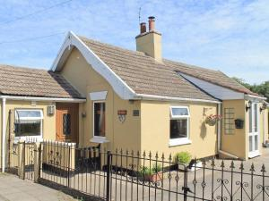 Muntjac Cottage in North Somercotes, Lincolnshire, England