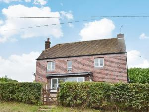 Blackmore Farm Cottage in Froxfield, Hampshire, England