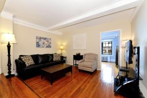 Photo of Three Bedroom Apartment With Two Bathrooms   East 55th Street