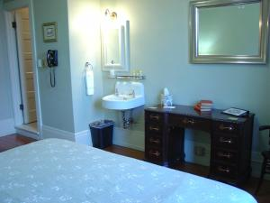 King Room with Marble Shower