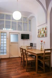 Arch Apartment, Apartmány  Sibiu - big - 9