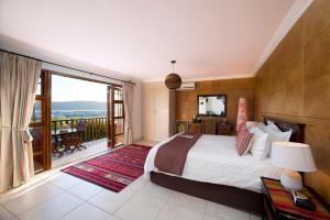 Luxury Double Room with Balcony - Upstairs 2