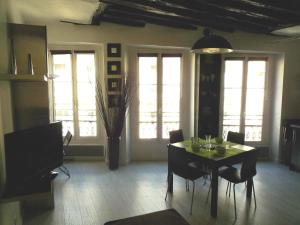 Photo of Apartment Beranger Sympa